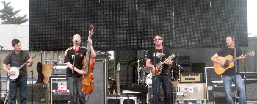 Yonder Mountain String Band - Legend Vallet 2011
